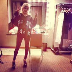 Ellie Goulding's style over the last two years has really become more street style/rock and roll. I love it and it suits her and she inspires me to wear short shorts and leather leggings.