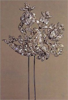 Russia's national treasure museum masterpiece - Hairbob made in 1764, gold, silver & diamonds.
