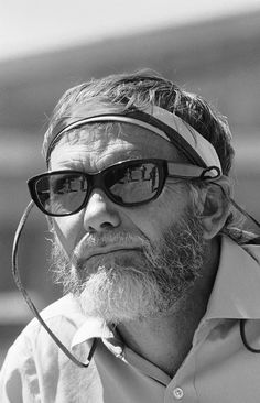 Sam Peckinpah. American film director. He was known for the innovative and explicit depiction of action and violence, as well as his revisionist approach to the Western genre.