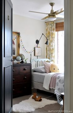 I am loving this beautiful little girls bedroom by That sunshine pillow is absolutely adorable! What do you love about this room? Diy Home Decor Bedroom, Cozy Bedroom, Bedroom Sets, Girls Bedroom, Bedrooms, Ikea, Layout, Design Seeds, Girl Room