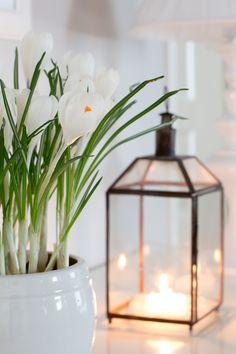 Silver Lanterns, Wooden Lanterns, Lanterns Decor, Candle Lanterns, Decorative Lanterns, Happy Spring, Spring Home, White Cottage, Peaceful Places
