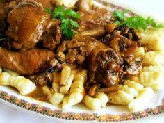Coq au vin, adica cocoş in vin, pe romaneste, e o reteta clasica din gastronomia atat de bogata a Frantei. La origine, se pare ca ar fi fost un preparat taranesc, unul dintre cele mai vechi ale bucatariei franceze, existand legende despre o mancare asemanatoare inca de pe vremea galilor. Pentru prima data, o reteta […] Romanian Food, Romanian Recipes, French Food, Prosciutto, Gnocchi, Kung Pao Chicken, Chicken Wings, Bacon, Beef
