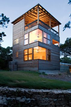 Really like the corner wrap around windows.  Tower House by Andersson Wise Architects. Corner Windows, Lake Travis, Leander Texas, Roof Deck, Roof Top, Porch Roof, Container Houses, Container House Design, Building A Container Home