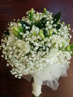 Freesia with baby breath
