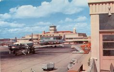 Successor to Ft. Woth's Meacham Field was Amon Carter Field situated just south of the huge Dallas-Ft.Worth Airport-DFW