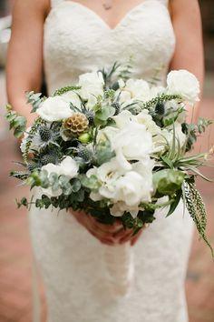 bloved-uk-wedding-blog-real-wedding-modern-monochrome-jamie-delaine (10)