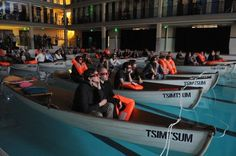 The new film Life of Pi made a splash at its Paris premiere — literally. Instead of conventional theater seating, the lucky moviegoers watched the film from lifeboats in an long indoor swimming pool Dine In Theater, Movie Theater, Orange Cinema, Architecture Romaine, Paris France, Pi Art, Art 3d, Floating Boat, Life Of Pi