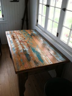 The Great Lakes Reclaimed Harvest Table by GreatLakesReclaimed Chalk Paint Projects, Diy Furniture Projects, Recycled Furniture, Colorful Furniture, Paint Ideas, Distressed Furniture Painting, Paint Furniture, Furniture Makeover, Barn Door Hinges
