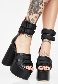 59b601a5c0 53 Best shoes images in 2019 | High Heel Boots, Fashion Shoes, Goth ...