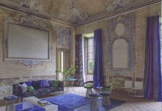 Fabrics, Furnishings and Wallpaper for interior designers, decorators and architects. Tricia Guild, Interior And Exterior, Interior Design, Interior Ideas, Decor Inspiration, Creation Deco, Vogue Living, Blue Rooms, Designers Guild