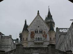 Neuschwanstein Castle - Neuschwanstein Castle - Wikimedia Commons (2304×1728)