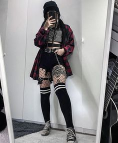 Edgy Outfits, Retro Outfits, Cute Casual Outfits, Grunge Outfits, Aesthetic Grunge Outfit, Aesthetic Fashion, Aesthetic Clothes, Egirl Fashion, Fashion Outfits