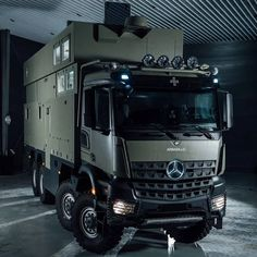 Mercedes Bus, Mercedes Benz Trucks, Army Vehicles, Armored Vehicles, Iveco 4x4, Leisure Travel Vans, Overland Trailer, Armored Truck, Caravan Renovation