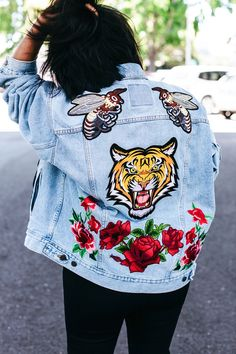 DIY: embroidered patch denim jacket
