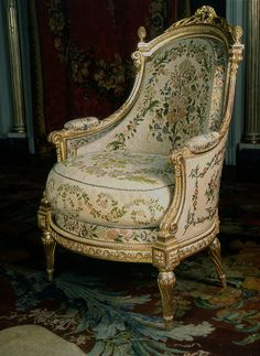 jean-baptiste-claude sene, gilded and carved walnut and beech armchair, circa 1770-1780