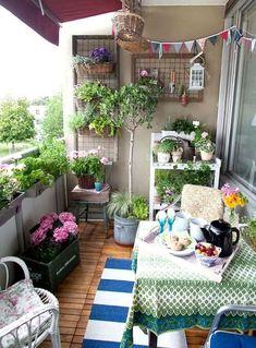 Apartment patio ideas balcony decorating small garden on a budget idea o . apartment patio ideas decorating new small balcony garden ap . Small Patio Spaces, Small Balcony Garden, Balcony Plants, Balcony Ideas, Patio Ideas, Small Balconies, Modern Balcony, Backyard Ideas, Garden Plants