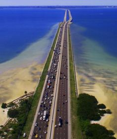 7 mile bridge, Keys, FL This drive puts you in the right frame of mind!