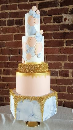 wedding cake. geometric cake. hexagon cake. marble. gold. white. grey. blush. pink. Atlanta wedding. savannah wedding. @Terminus330 @Revolution Wedding Tours  #RevWeds Vintage Soul Cakes 1d