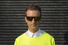 Alex - sunglasses Le Specs Sunglasses, We Wear, How To Wear, Street Style Blog, How To Make Tshirts, Zara, Suits, Fashion, Moda