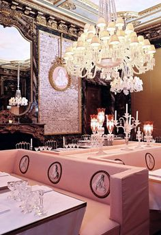 The Cristal Room Paris. Attached to the Baccarat Museum in Paris is this most amazing restaurant; the most beautiful (I would say) in France. Pub Interior, Restaurant Paris, Restaurant Design, Restaurant Lighting, Best Paris Restaurants, Best Cafes In Paris, Classic Restaurant, Luxury Restaurant, Furniture Arrangement