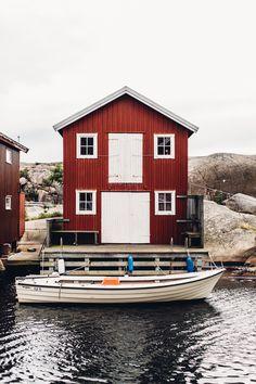 Travel Guide: West Sweden to Gothenburg - Find Us Lost Travel Deals, Travel Guide, Vacation Deals, Travel Hacks, Travel Essentials, Places To Travel, Places To Go, Backpacking Europe, Europe Packing