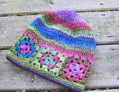 Transcendent Crochet a Solid Granny Square Ideas. Inconceivable Crochet a Solid Granny Square Ideas. Bag Crochet, Crochet Kids Hats, Crochet Beanie Hat, Crochet Cap, Love Crochet, Crochet Gifts, Knitted Hats, Granny Square Crochet Pattern, Crochet Granny