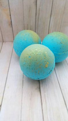 Mermaid bath bomb - bath bomb - color burst bath bomb - hidden color bath bomb - bath fizzy- foaming bath bomb - gift for her - favors by MTLCreations on Etsy https://www.etsy.com/uk/listing/270824358/mermaid-bath-bomb-bath-bomb-color-burst