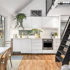 Casa de 31 metros quadrados com linda decoração preto e branco