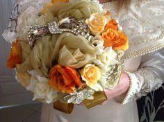 Foto de Buquê com arte! - http://www.casamentos.com.br/acessorios-noivas/buque-com-arte--e125023