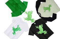 とっても可愛いかえるのデザインTシャツ。蛙がまるで張り付いている様に見えるイラストTシャツ。