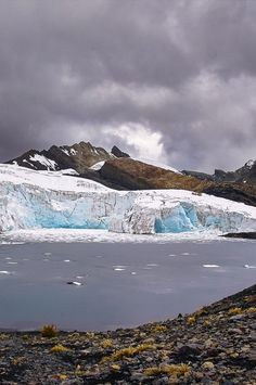 Peru: Visiting the Pastoruri Glacier near Huaraz