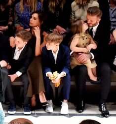 The Beckhams sit front row with Anna Wintour at Burberry show in LA #dailymail