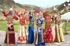 Women from Tuvai Republic wearing amazing traditional costumes!