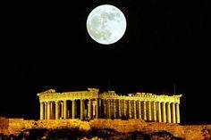 Luna sobre el Partenon.