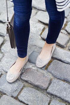 18dda83f4683 AFFORDABLE STRIPED CARDIGAN + HUGE SALE ALERT. Shoes Flats SandalsFlats  OutfitLeather Ballet FlatsFlat SandalsTory Burch ...