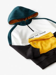 Zip closure at yoke and flap pouch pocket at front with snap buttons. Stylish Hoodies, Smart Casual Men, Zara Boys, Tracksuit Jacket, Kids Clothes Boys, Embroidery Motifs, Kids Bags, Pouch Bag, Jogging