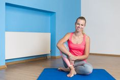 Vyvrcholení, o jakém jste snily? Beach Mat, Outdoor Blanket, Exercise, Good Things, Gym, Fitness, Workouts, Hair, Beauty