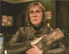 Twin Peaks, Woman with log