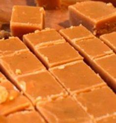 Kondensmelk fudge  Die beste , flopvrye resep ooit, sal nooit weer ander een probeer nie... Sukses Fudge !!
