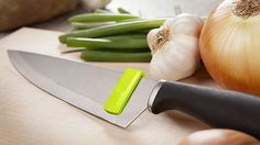 Sometimes, a product comes along that's so clever but so unnecessary that you're not really sure what to do with it. That's how I genuinely feel about the Quirky Glide.It's, basically, a clip-on squeegee that you attach at the back end of a knife's blade so you can slide down all the leftovers sticking to the blade after you slice and dice your way through ingredients for tonight's dinner.