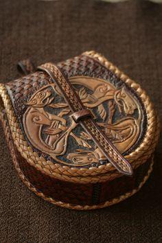 Hand geprägten flachen Beutel Taille Gürtel Ledertasche von Norsvik
