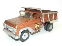 Vintage Tonka Toy Hydraulic Dump Truck Die Cast Pressed Metal