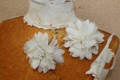 2 Flower pin  Cute organza  flower and silk  ivory by paviapavia, $3.10