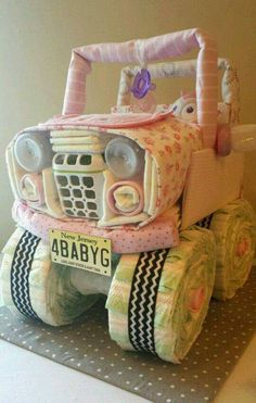 Jeep Diaper Cake...these are the BEST Baby Shower Ideas!