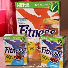 Comece bem o dia com um bom pequeno-almoço! Snack Recipes, Snacks, Frosted Flakes, Pop Tarts, Cereal, Fruit, Breakfast, Nice, Food