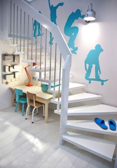 wall stencil or wall sticker for boys room