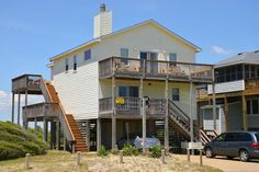 #073 Wonderful Semi-Oceanfront vacation rental in South Nags Head. Includes community pool and hot tub!