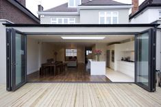 Lovely bifold doors - definitely what will be going into the rear extension! Extension Veranda, Glass Extension, Roof Extension, Extension Google, Extension Plans, Bifold Doors Extension, File Extension, Extension Designs, Style At Home