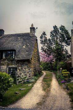 mbphotograph:Castle Combe, England (by mbphotograph) Follow me on Instagram