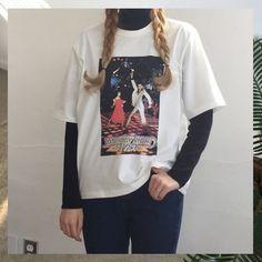 Chandail noir t-shirt blanc